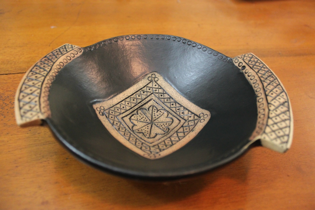Wall Hanging Bowl